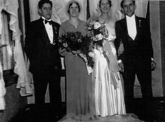 Edward and Anna Zizza (couple on right), at their wedding in 1934.