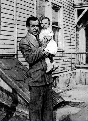 Edward Zizza, with daughter Katherine, 1943.