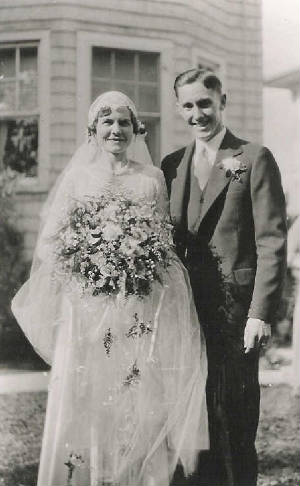 Marshall and Laura Knox on wedding day.