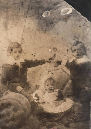 (L-R): Meyer, Celia & Joseph Bishop, Manchester, England, 1900.