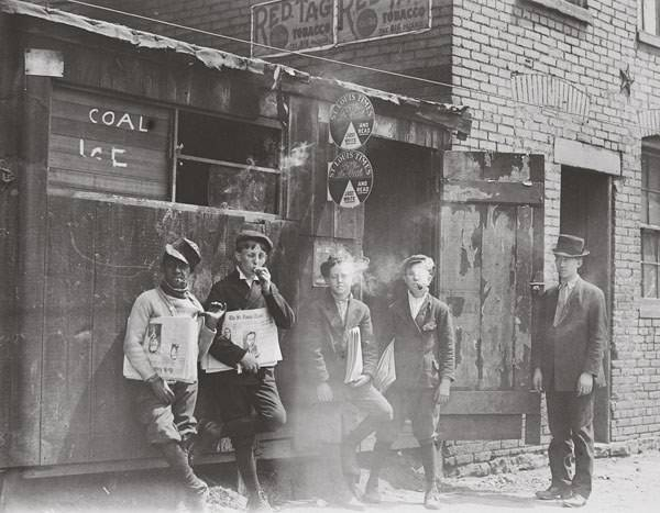 Raymond Klose (2nd from left), St. Louis, MO, May 9, 1910, Photo by Lewis Hine.