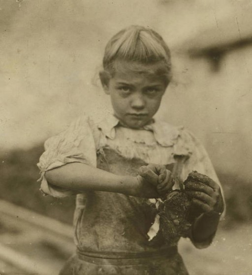 Rose Berdych, 7 years old, Bluffton, South Carolina, February 1913. Photo by Lewis Hine.