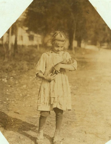 Rose Berdych, Bluffton, South Carolina, February 1913. Photo by Lewis Hine.