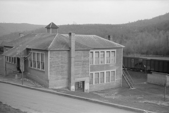 Kempton School, May 1939. Photo by John Vachon.
