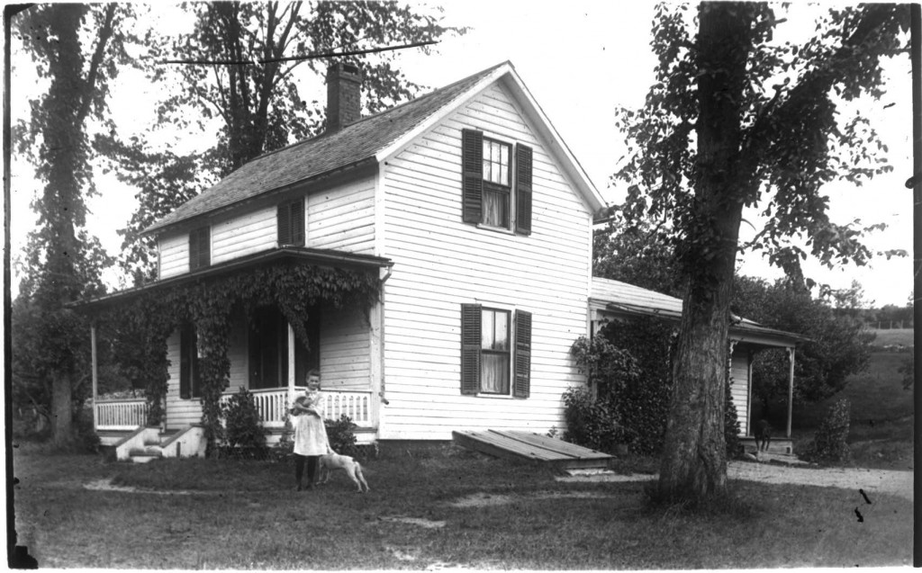 #1 Weeks House on Kellogg c. 1900