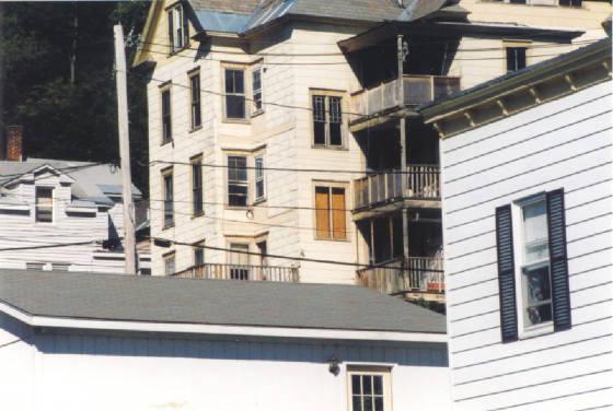 LookingUpWalnutStreet1999.jpg